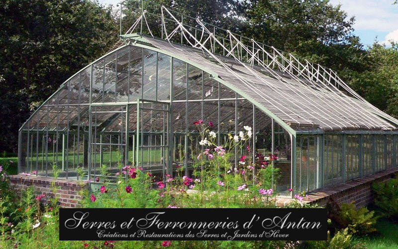 Serres et Ferronneries d'Antan Greenhouse Locks Garden Gazebos Gates... Garden-Pool | Classic