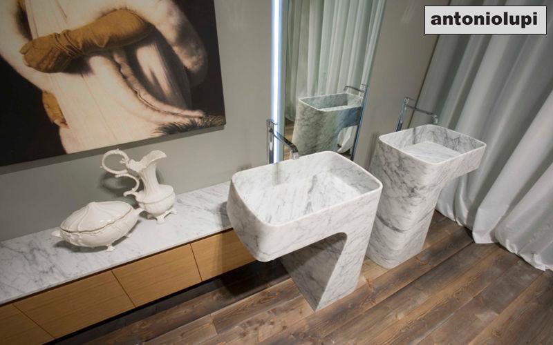 Antonio Lupi Washbasin with legs Sinks and handbasins Bathroom Accessories and Fixtures Bathroom   Design Contemporary