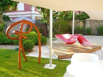 Baleak -  - Garden Bench