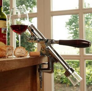 Romantisch Wohnen Wall mounted cork screw