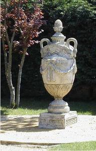 Regia Style Flame urn