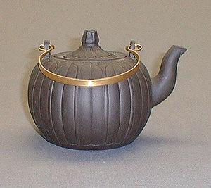 Sopha Diffusion - yixing - Teapot