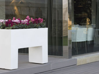 VONDOM -  - Flower Container