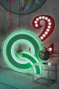DELIGHTFULL - q - Decorative Number