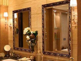 UsiRama.com - miroir salle de bain baroque sculpture sculp4 - Shower Mirror