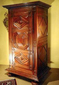 Antiquités Lachaux -  - Bonnetiere Cupboard