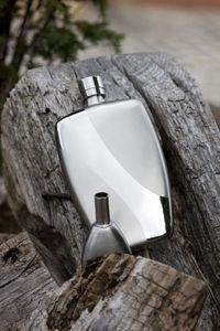 KOALA INTERNATIONAL -  - Whisky Flask