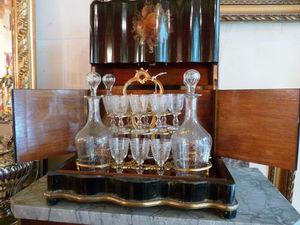 Art & Antiques - cave à liqueur napoléon iii décor de fruits - Liquor Cellar