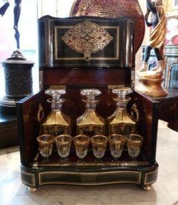 Art & Antiques - cave à liqueur avec décor en marqueterie boulle et - Liquor Cellar