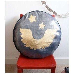 CREME ANGLAISE - crème anglaise - pouf enfant ailes bleu brillant - - Children's Ottoman