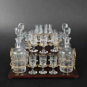 Expertissim - cave à liqueurs rectangulaire marquetée d'époque  - Liquor Cellar