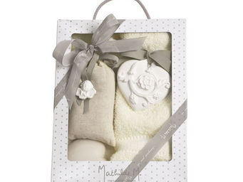 Mathilde M - boîte composée cur ornement rose - Perfume Box