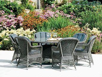 Alexander Rose - weave - Round Garden Table
