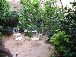 JARDIN EN CAPITALE -  - Landscaped Garden