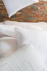 TOISON D'OR -  - Profiled Pillow