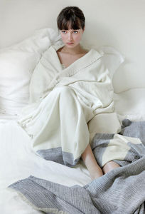 ALFRED -  - Blanket