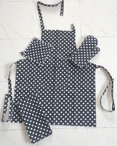 ITI  - Indian Textile Innovation - dots - black - Kitchen Apron
