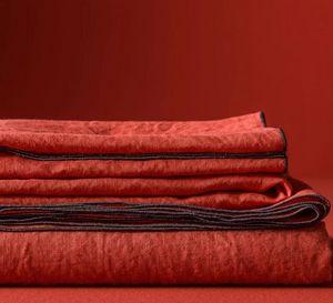 BLANC CERISE - )autour du lin- - Square Tablecloth