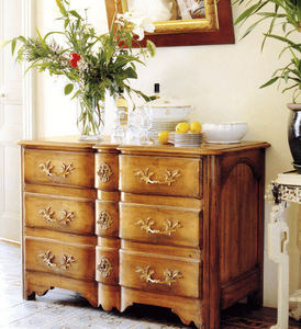 Moissonnier - arbalete - Chest Of Drawers