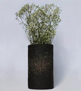 LISA ALLEGRA -  - Flower Vase