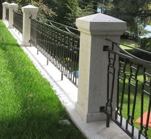 TENDANCE PIERRE - pilier en pierre de bourgogne - Fence Post Top