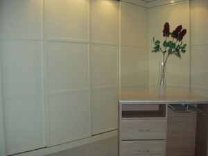 CLOSETS -  - Sliding Cupboard