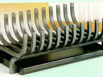 Reignoux Creations - berceau à bois avec tiroir à cendres - Fireplace Cradle