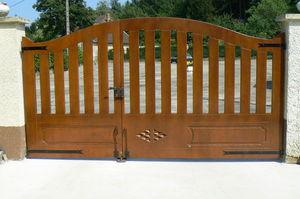 Découp'Bois - carré d'as - Entrance Gate