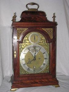 KIRTLAND H. CRUMP - mahogany english bracket clock made by john brockb - Desk Clock