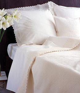 Damask Contemporary Classics - amaryllis - Pillowcase