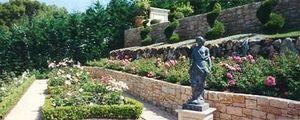 Claire Pernod Fantini - roseraie - Landscaped Garden