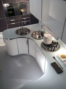 FIAMBERTI - prestige - Modern Kitchen