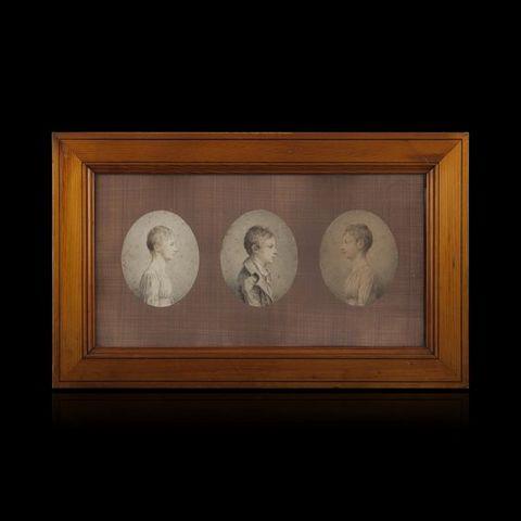 Expertissim - Miniature portrait-Expertissim-ECOLE FRANCAISE du XIXe siècle. Trois portraits