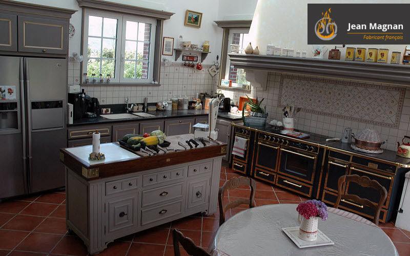 Jean Magnan Cheminees Traditionelle Küche Küchen Küchenausstattung  |