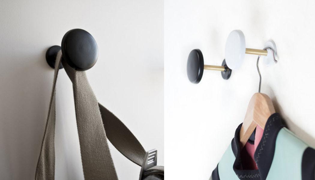 NEXEL EDITION Wandhaken Möbel & Accessoires für den Eingangsbereich Regale & Schränke Eingang | Design Modern