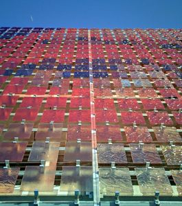 GLASSOLUTIONS France - crealite - Fassadendekor