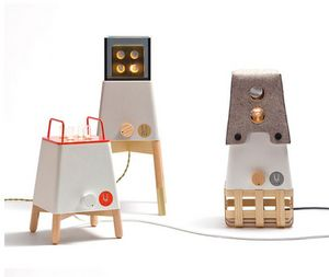 UM PROJECT - craft system - Tischlampen