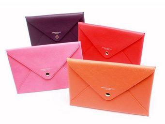 Benneton - enveloppe cuir - Kreditkartentasche