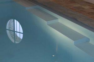 Piscines Magiline - design - Swimmingpooltreppe