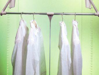 Agencia Accessoires-Placard -  - Höhenverstellbare Kleiderstange
