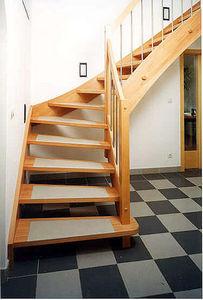Schody Stadler - gh40 - Viertelgewendelte Treppe