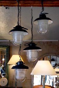 1864 - suspensions atelier - Fischerlampe