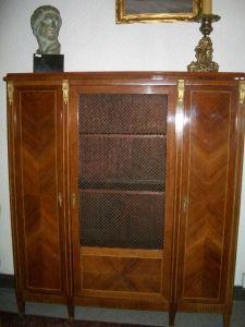 Antiquités Anne & Thierry - vitrine - Vitrinen Schrank