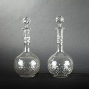 Expertissim - paire de carafes et dix verres à dégustation en cr - Gläserservice