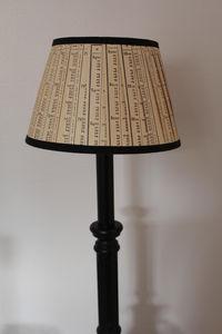 L'ATELIER DES ABAT-JOUR - conique 20 cm - Konischer Lampenschirm