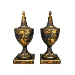 Demeure et Jardin - paire de coupes tôle peinte - Vase Mit Deckel