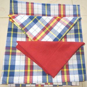 ITI  - Indian Textile Innovation - dobby check with solid - Tischdecke Und Passende Servietten