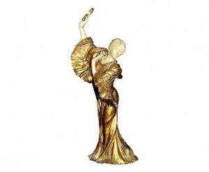 Demeure et Jardin - danseuse au tambourin - Kleine Statue