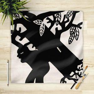 la Magie dans l'Image - foulard arbre noir et blanc - Vierecktuch