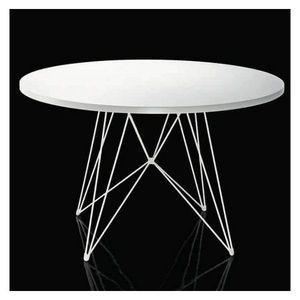 Magis - table xz3 magis ronde - Runder Esstisch